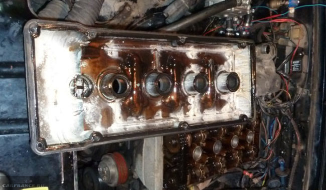 Белая эмульсия в двигателе прогар прокладки ГБЦ