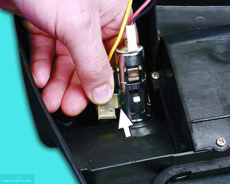 Как сделать прикуриватель от зажигания ваз 790