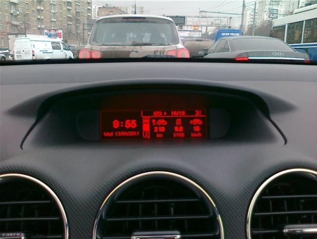 Дисплей БК Пежо, расход бензина