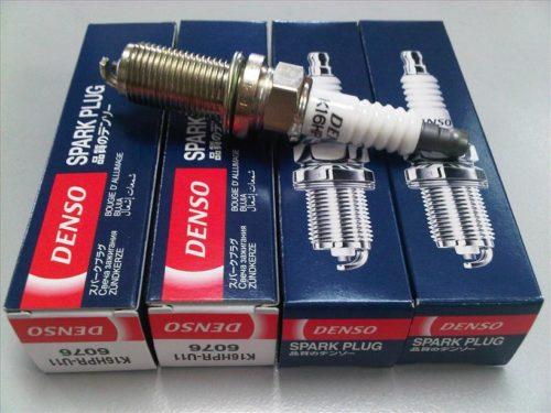 Комплект новых свечей зажигания Denso 6076 Regular FXE20HR11 для Нива Шевроле
