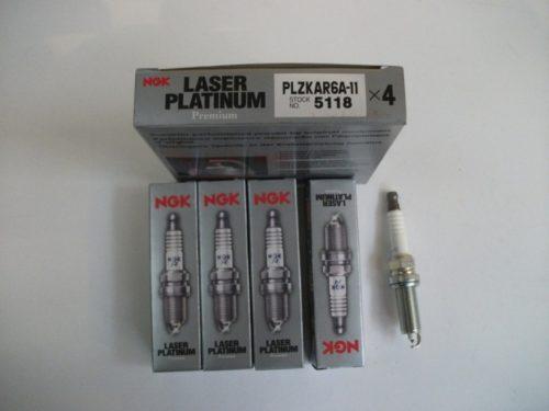 Комплект новых свечей зажигания NGК PLZKAR6A-11 для Нива Шевроле