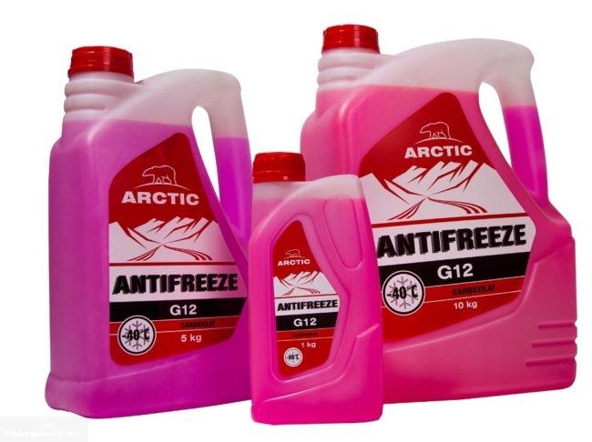 В канистрах розовый антифриз фирма Arctic тип G12