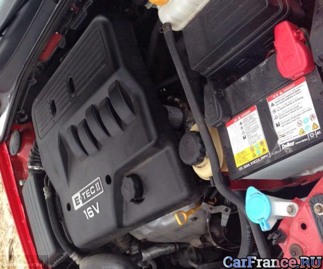 Двигатель Шевроле Лачетти под капотом 1.4 литра