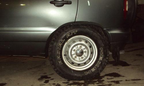 Не правильно подобранное колесо на Шевроле Нива