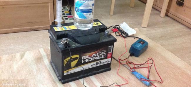 Зарядка аккумулятора на Пежо 308 в домашних условиях