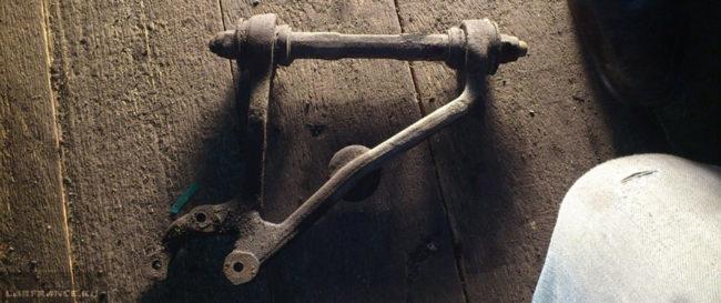 Верхний рычаг с сайлетблоками на Нива Шевроле