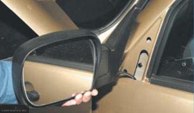 демонтаж крышки бокового зеркало на chevrolet lacetti