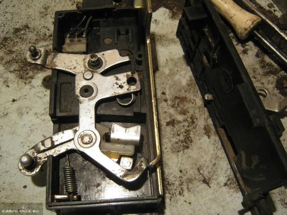 Нива шевроле ремонт своими руками замка двери