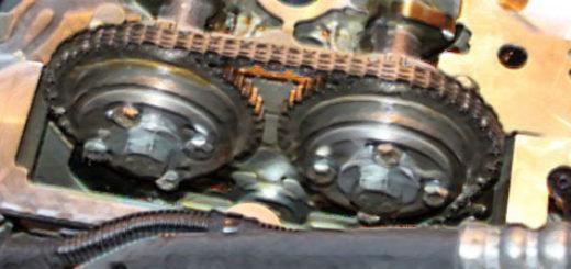 Цепь ГРМ на Шевроле Кобальт на двигателе в разборе