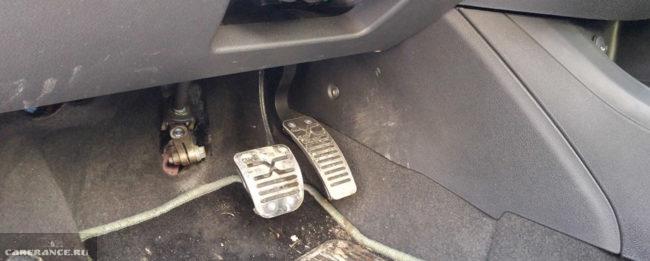 Педальный узел Лада Веста с роботизированной коробкой передач