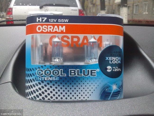 Лампа ближнего света H7 OSRAM на Пежо 206