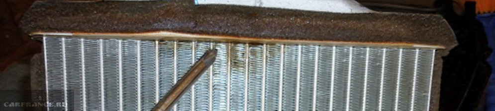 Прохудился радиатор печки на Шевроле Лачетти