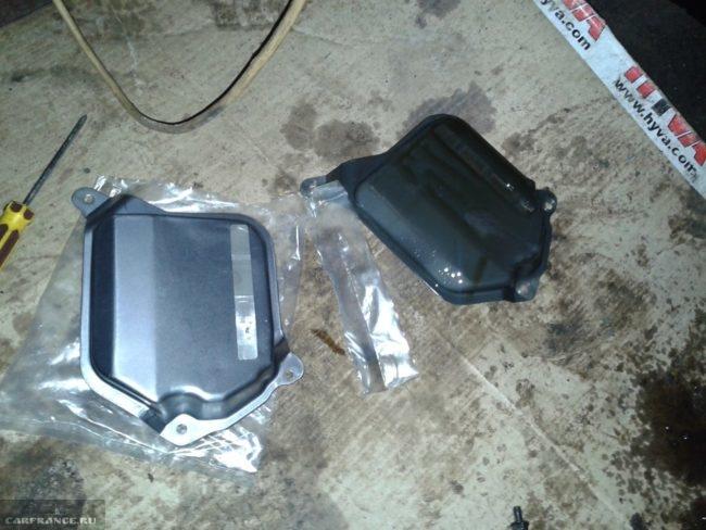 Демонтированный фильтр АКПП и новый на Шевроле Кобальт