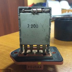 Термопредохранитель в блоке резисторов печки на Шевроле Лачетти