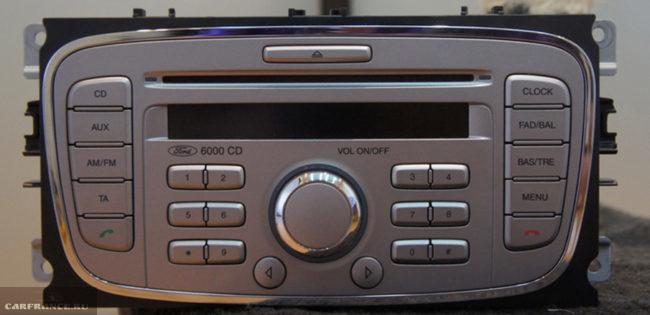 Магнитола 6000CD на Форд Фокус 2 заводская