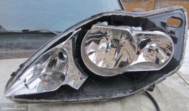 Фара на Форд Фокус 2 без стекла рестайлинговый кузов