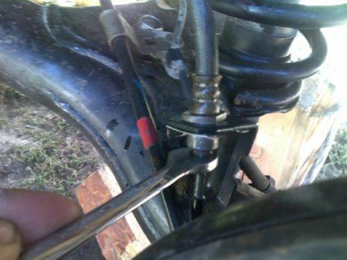 Демонтаж тормозной трубки Тойота Королла Е120