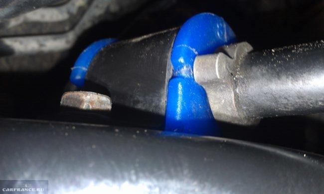 Монтаж втулки стабилизатора Тойота Королла Е120