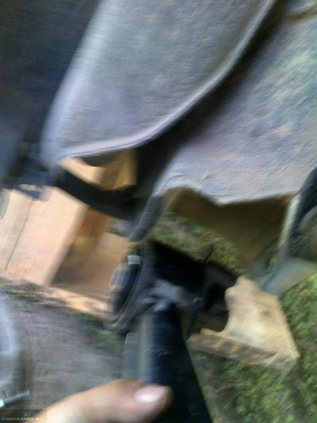 Демонтаж задней балки Тойота Королла Е120