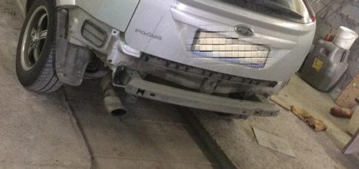 Форд Фокус без заднего бампера хетчбек
