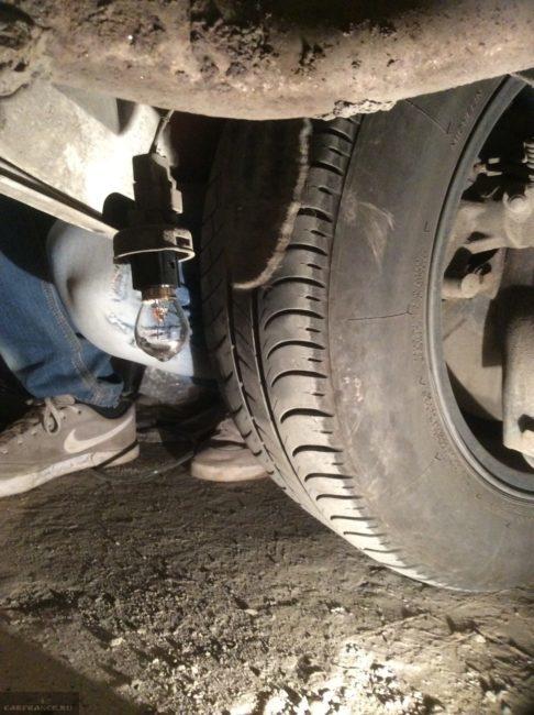 Задний габарит демонтаж из бампера Форд Фокус 2