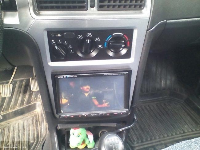 Блок управления печкой автомобиля Дэу Нексия