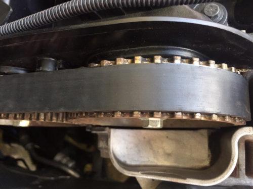 Проверяем ремень ГРМ на автомобиле Форд Фокус 2