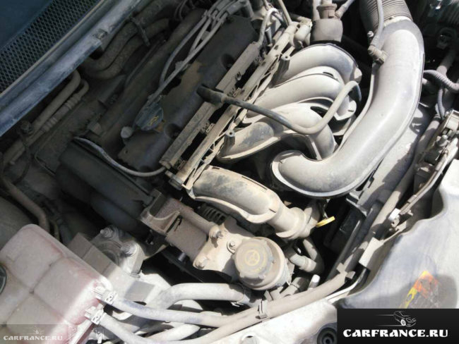 Под капотом Форд Фокус 2 1.6