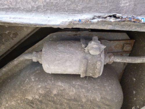 Расположение топливного фильтр тонкой очистки в Дэу Нексия