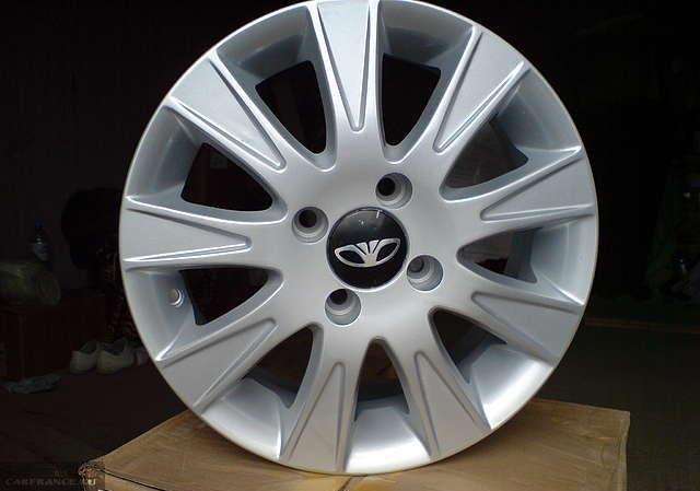 Колесный литой диск для автомобиля Дэу Нексия