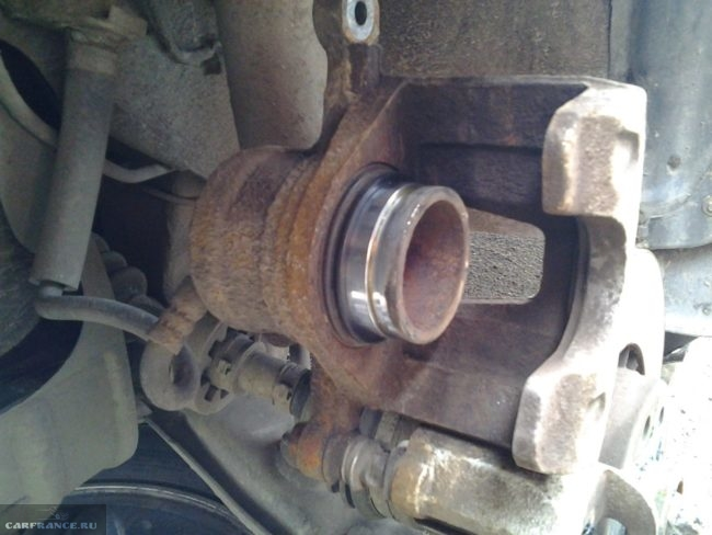 Очищенный направляющий цилиндр передних тормозов Дэу Нексия