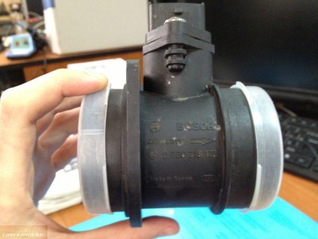 Расходомер для автомобиля ВАЗ-2110 с бошевским контроллером