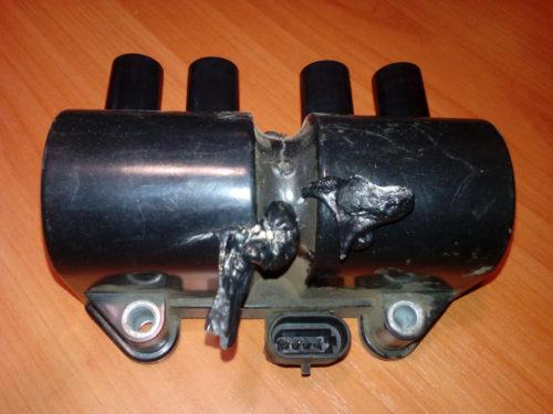 Сгоревший модуль зажигания от Дэу Нексия