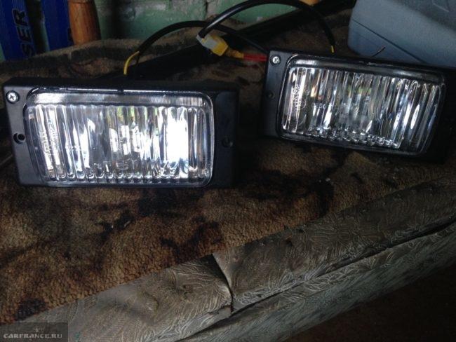 Комплект фар противотуманного света для автомобиля ВАЗ-2110 от фирмы Киржач