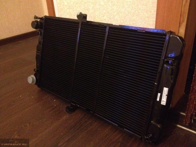 Медный радиатор повышенной производительности для автомобиля ВАЗ-2110
