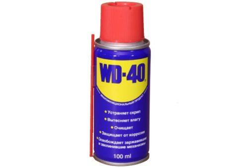 Флакон универсальной проникающей смазки WD-40 для обработки ржавых гаек крепления переднего бампера на ВАЗ-2110