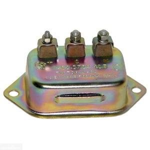 Резистор зажигания автомобиля УАЗ, используемый для включения дополнительного датчика вентилятора в ВАЗ-2110 с инжекторным двигателем