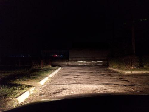 Зона освещения противотуманными и фарами ближнего света в автомобиле ВАЗ-2110