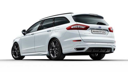 Внешний облик автомобиля Форд Мондео 2018 года с универсальным кузовом ST-Line белого цвета