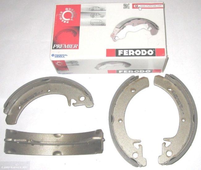 Колодки заднего тормоза FERODO для ВАЗ-2110