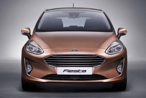 Вид спереди новой версии Форд Фиеста 2018 года производства