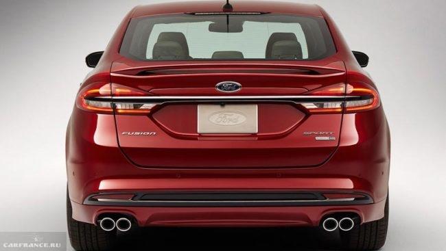 Фото задней части американской версии Форд Фьюжн 2018 модельного года