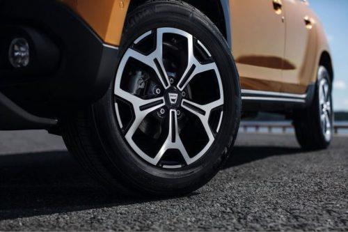 Колесо с литым диском на модели нового поколения Рено Дастер 2018