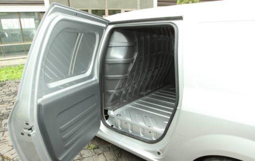 Боковая дверь вазовского фургона Лада Ларгус 2018 модельного года