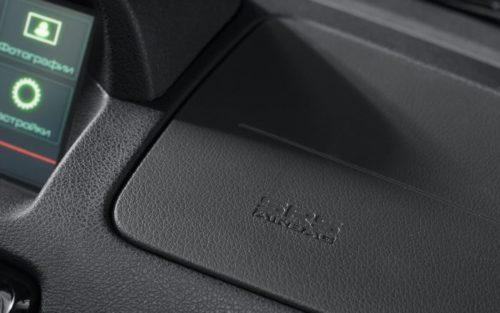 Подушка безопасности в передней консоли автомобиля Лада Проира 2018 модельного года