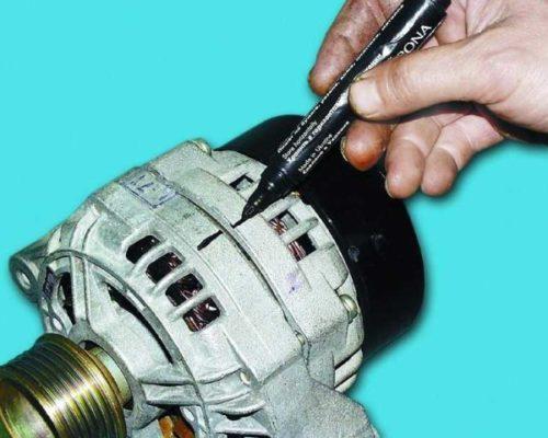 Маркировка расположения крышки генератора от автомобиля ВАЗ-2110