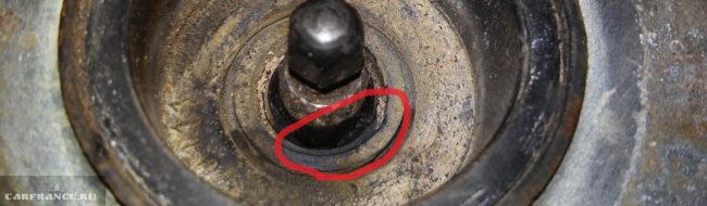 Выход из строя уплотнительного кольца на усилителе тормозов ВАЗ-2110