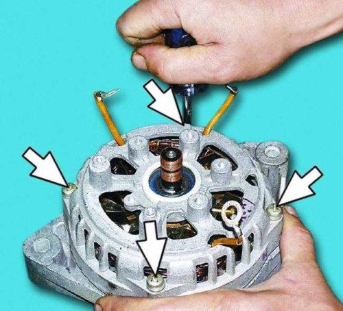 Стяжные винты корпуса генератора автомобиля ВАЗ-2110