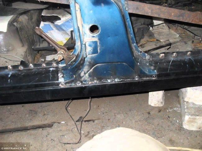 Процесс замены порогов ВАЗ-2110 на СТО