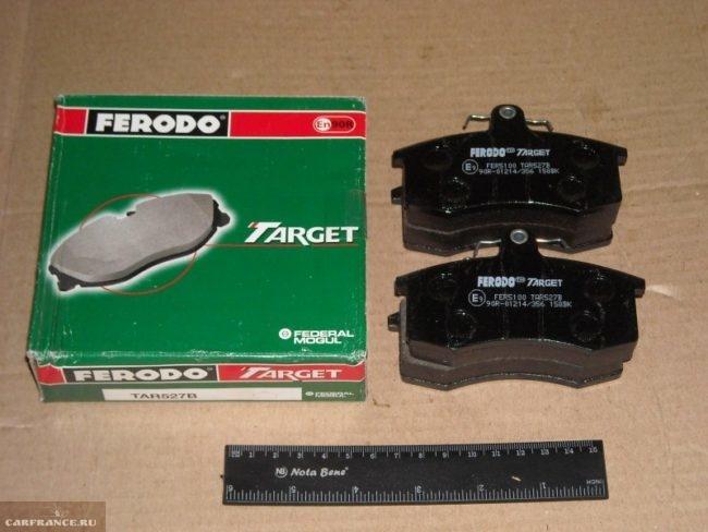 Передние тормозные колодки Ferodo ТАR527B для ВАЗ-2110